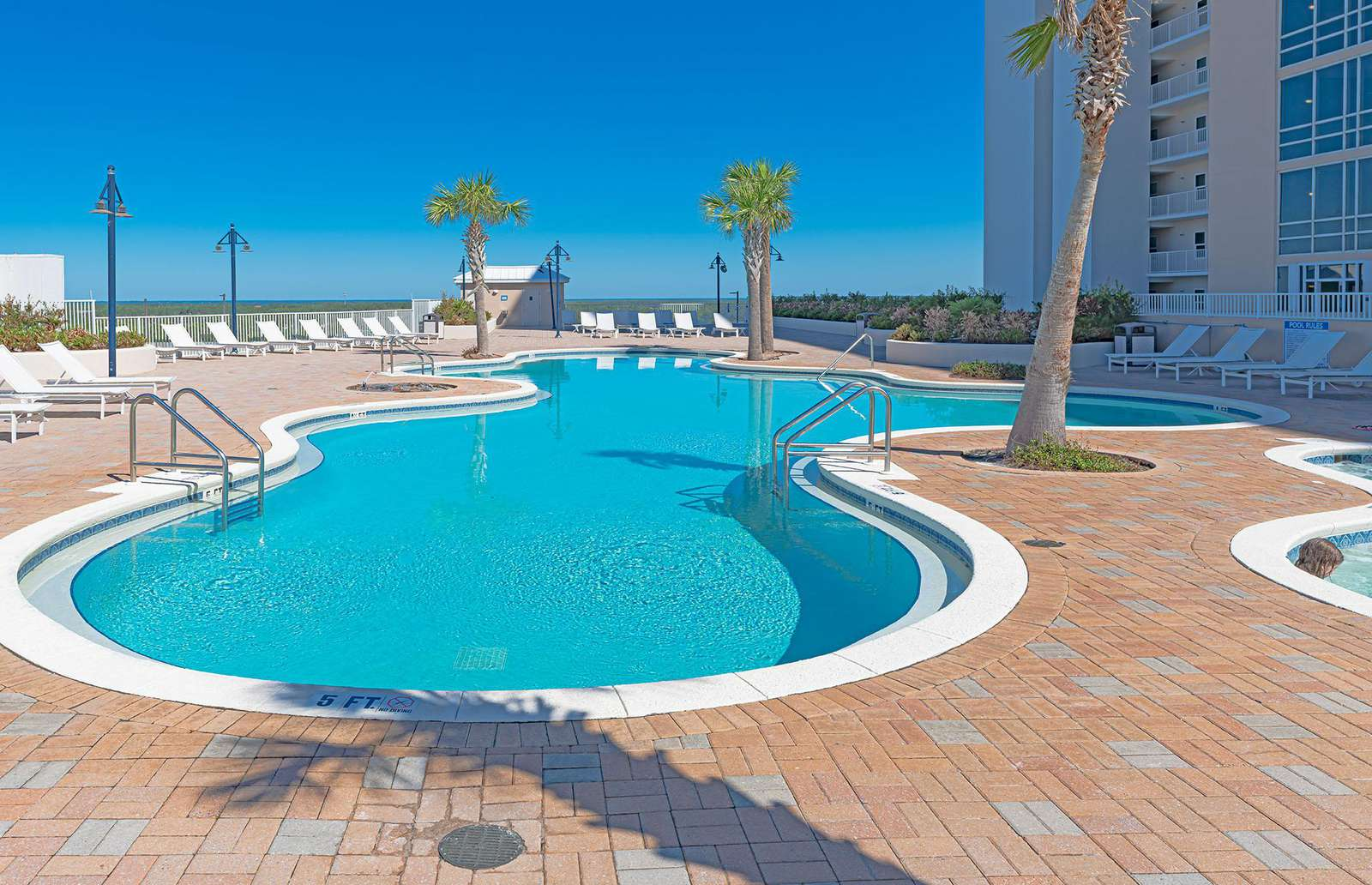 The amenities are bountiful at Laketown Wharf!