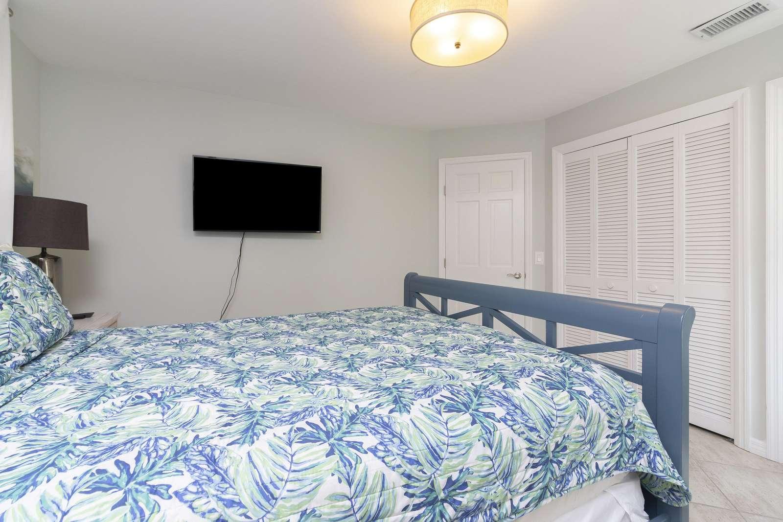 Ocean Sunrise - Guest Bedroom TV 2nd Floor