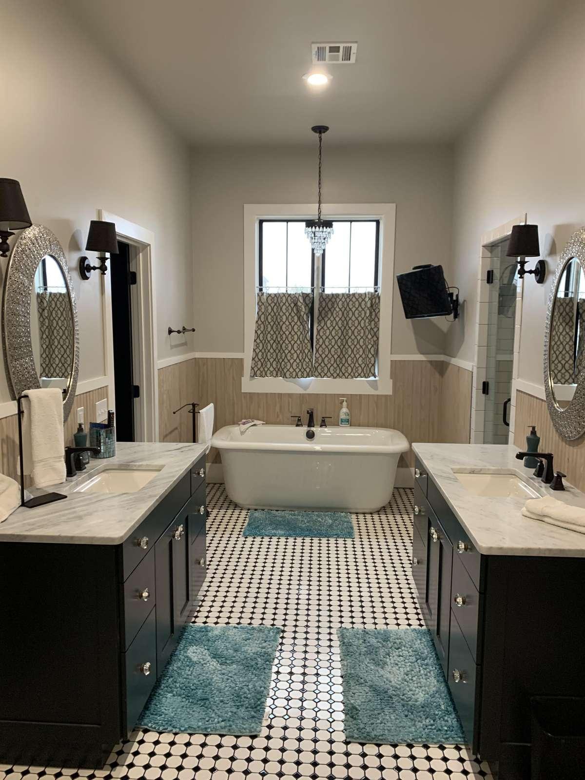 Amazing Master Bathroom