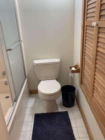Master bathroom view #2 thumb