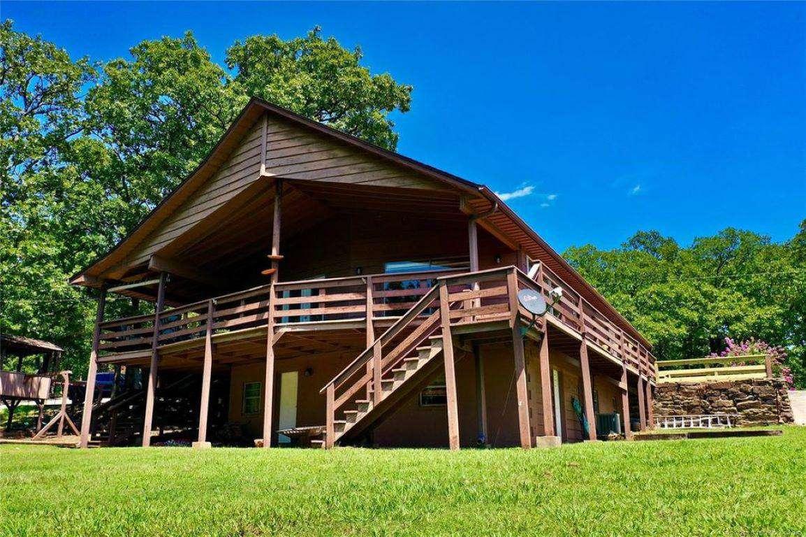 Lone Pine Lodge at 4 Man's Cove - property