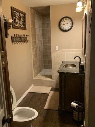 Bathroom 2 thumb