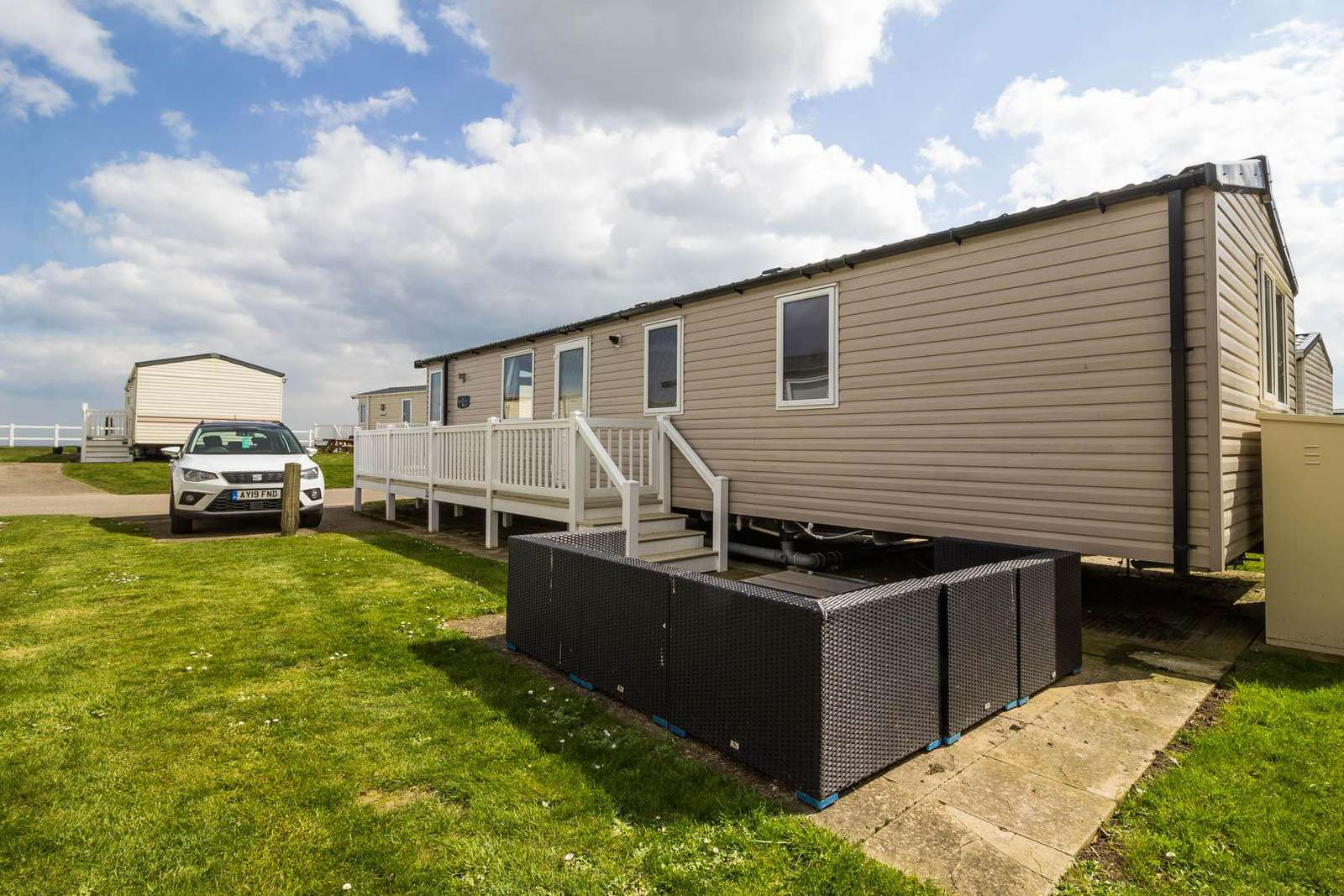80024OV – Ocean View area, 2 bed, 6 berth caravan with a partial sea view. Diamond-Plus rated. - property