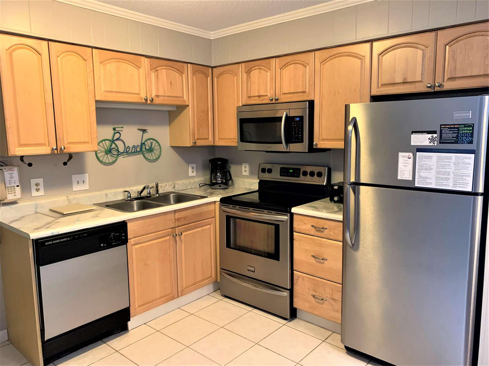 Fully Kitchen with Stainless Appliances