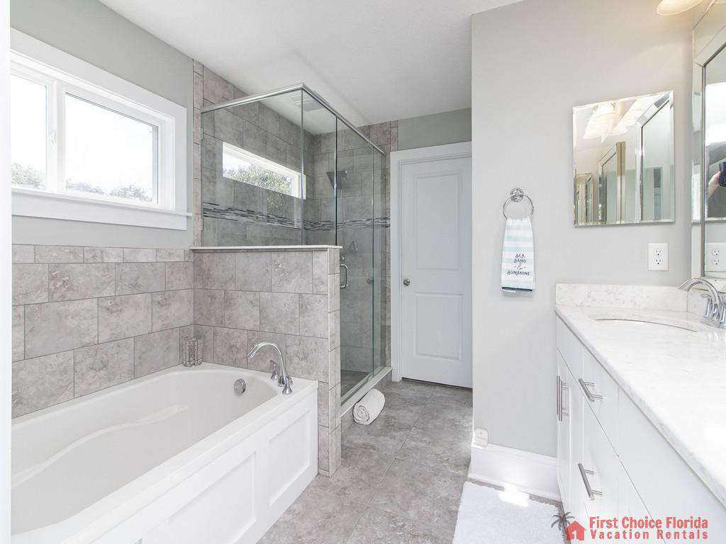 Seaside Retreat - Master Bath