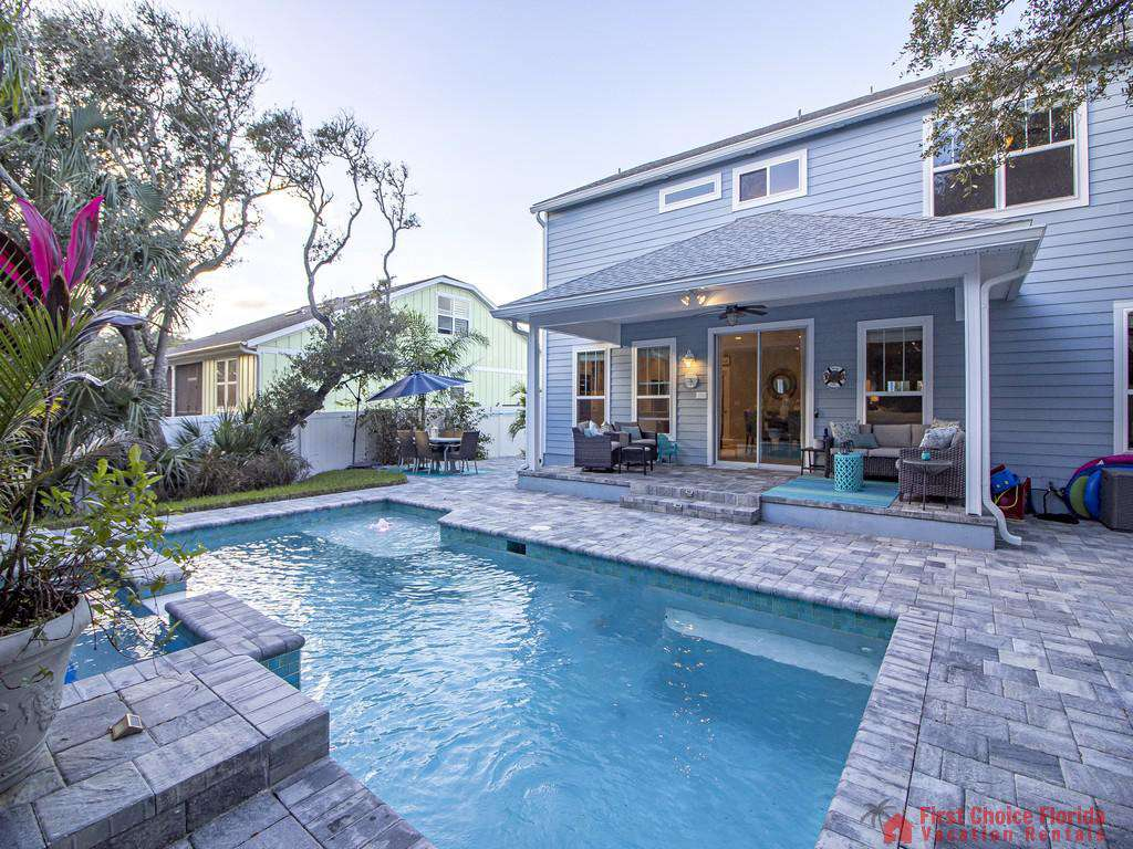 Seaside Retreat - Large Heated Pool/Hot Tub
