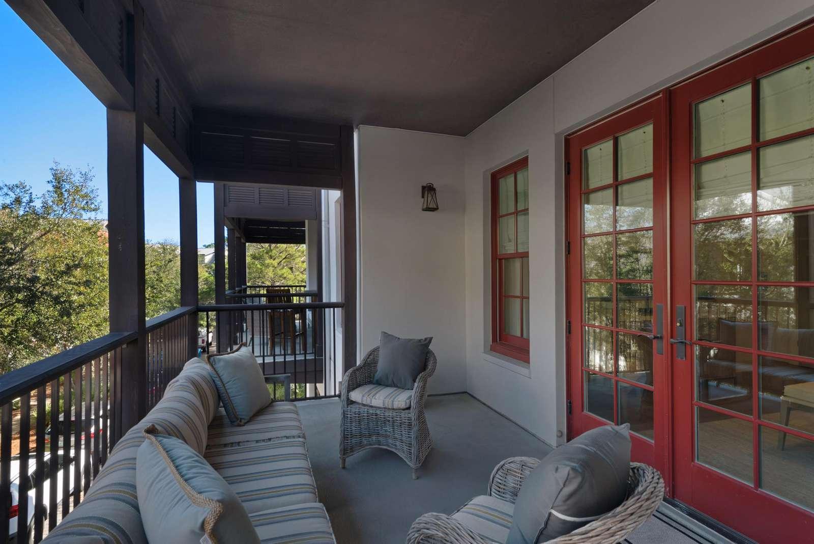 Outside balcony off master bedroom
