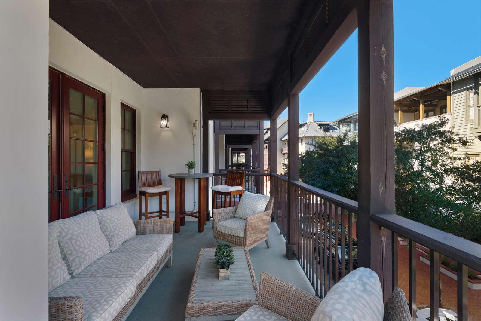 Balcony off dining area