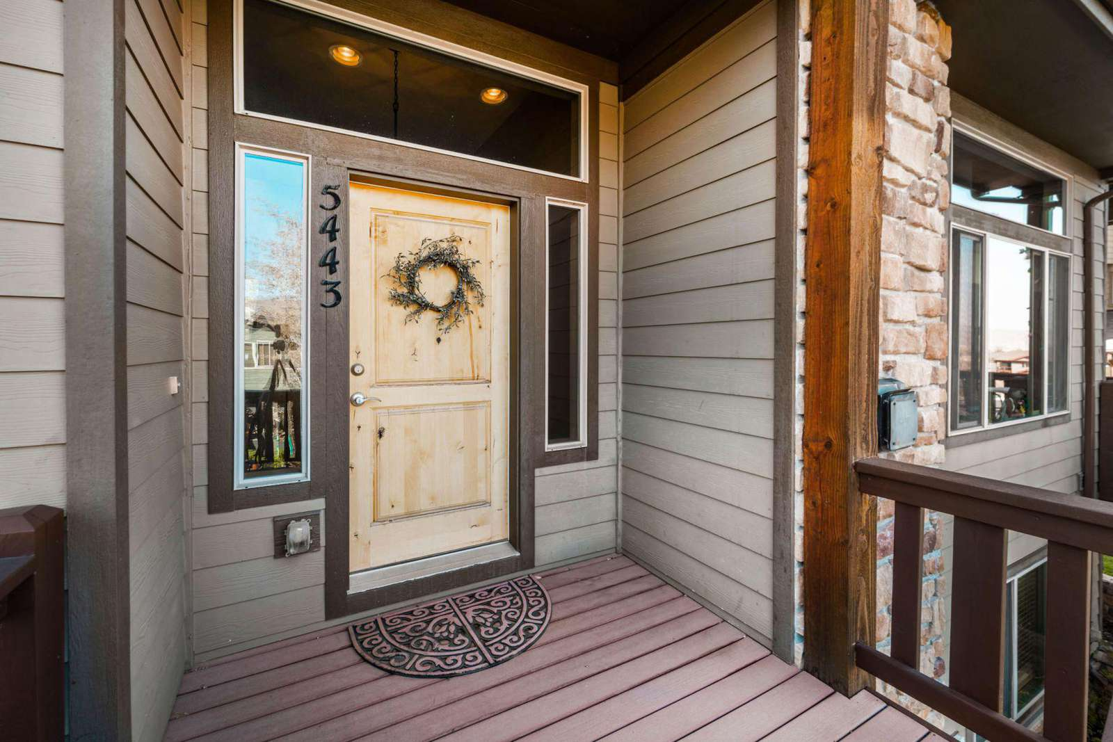 Personal entrance to townhome