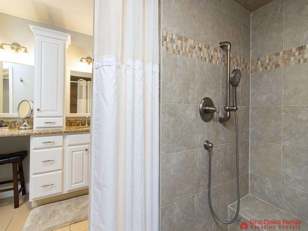 See Ray Shores - Master Bath