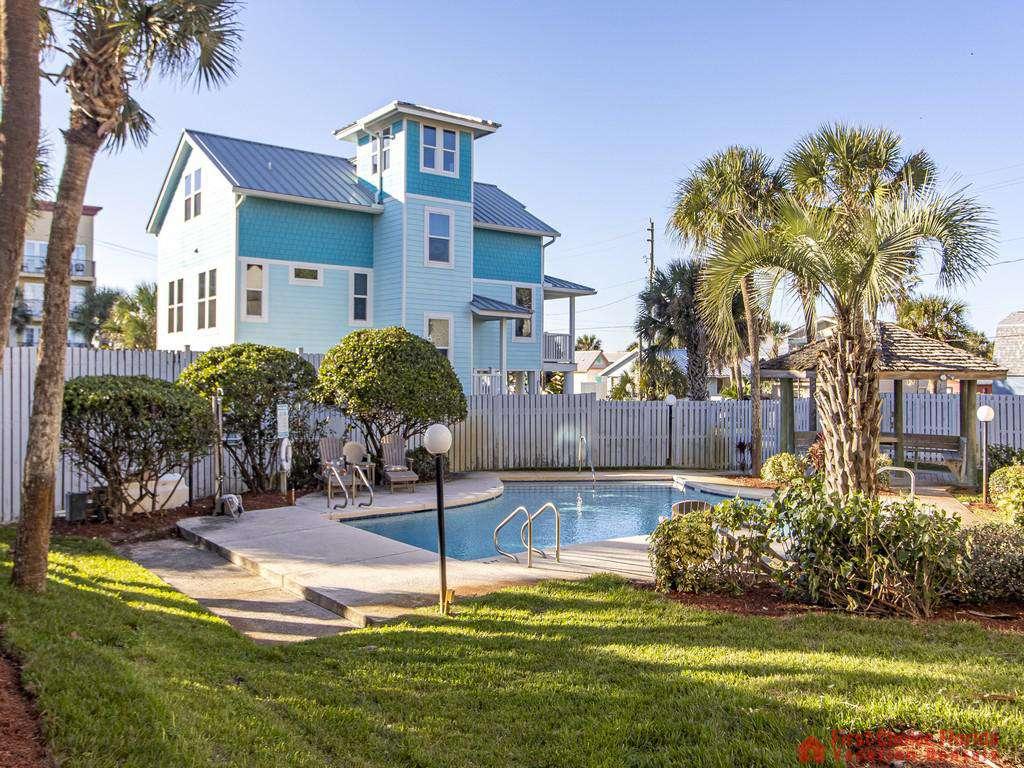 See Ray Shores - Swimming Pool