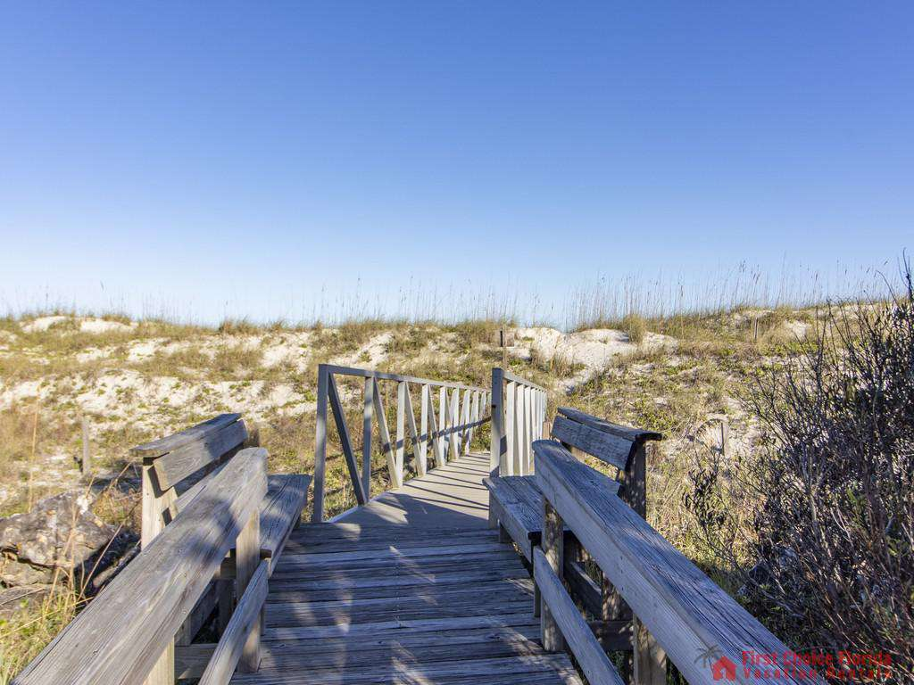 See Ray Shores - Beach Walkway