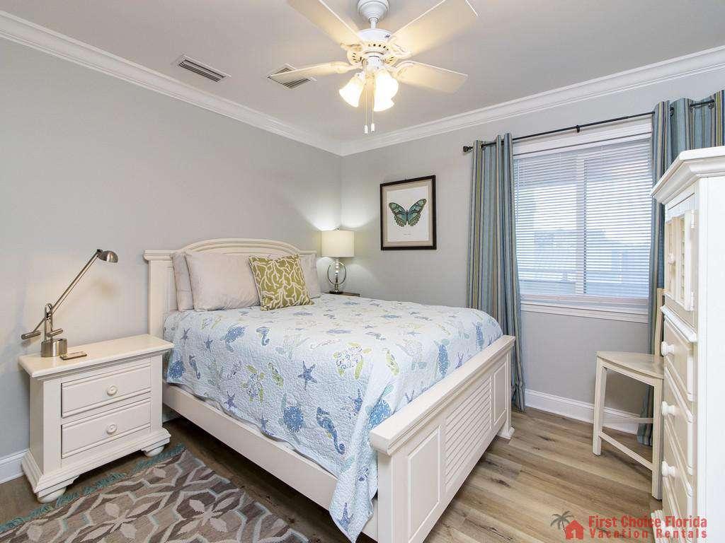 See Ray Shores - Guest Queen Bedroom