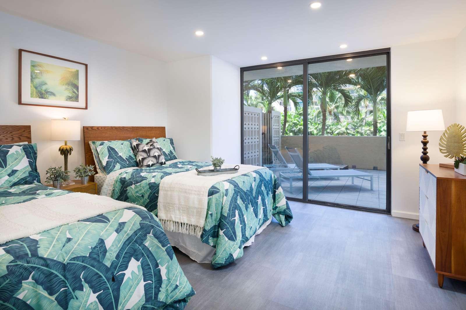 Spectacular 1 bedroom at Aloha Towers Waikiki DH Apt 3