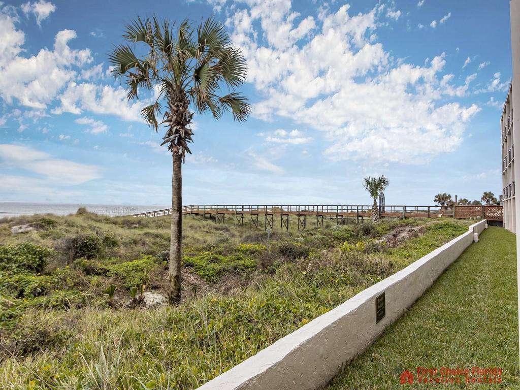 Beachers Lodge 120 - Dune/Ocean View