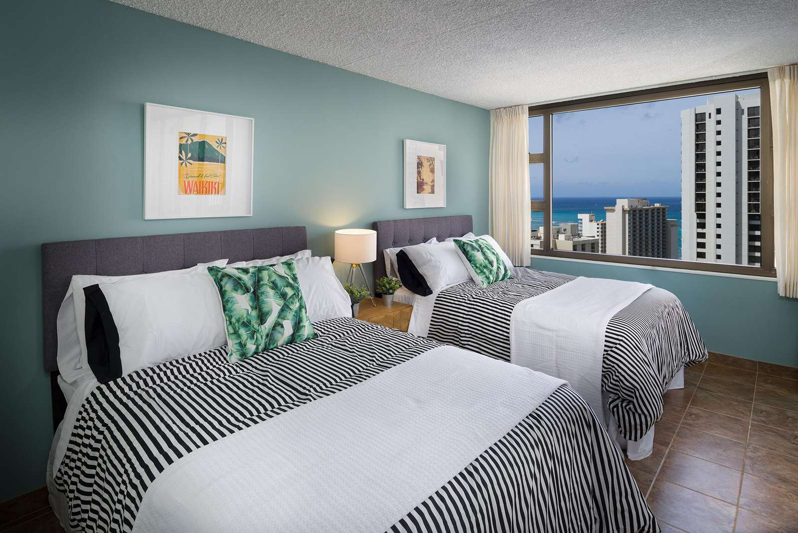 Elegant 1 Bedroom at Waikiki Banyan #2908 T-2