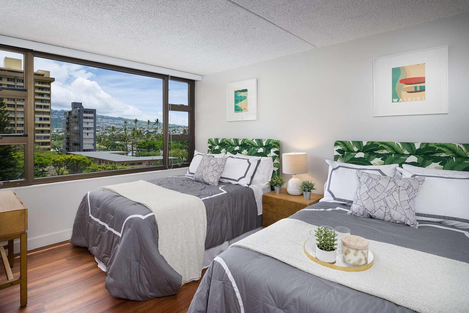 Brilliant 1 Bedroom at Waikiki Banyan #603 T-2