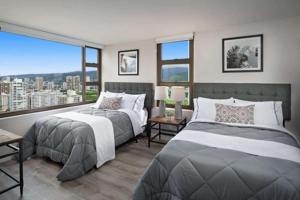 Incredible 1 Bedroom at Waikiki Banyan #3102 T-1