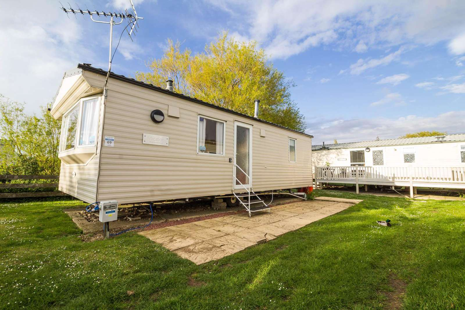 21069C – Chequers area, 2 bed, 6 berth caravan with panel heaters. Emerald rated. - property