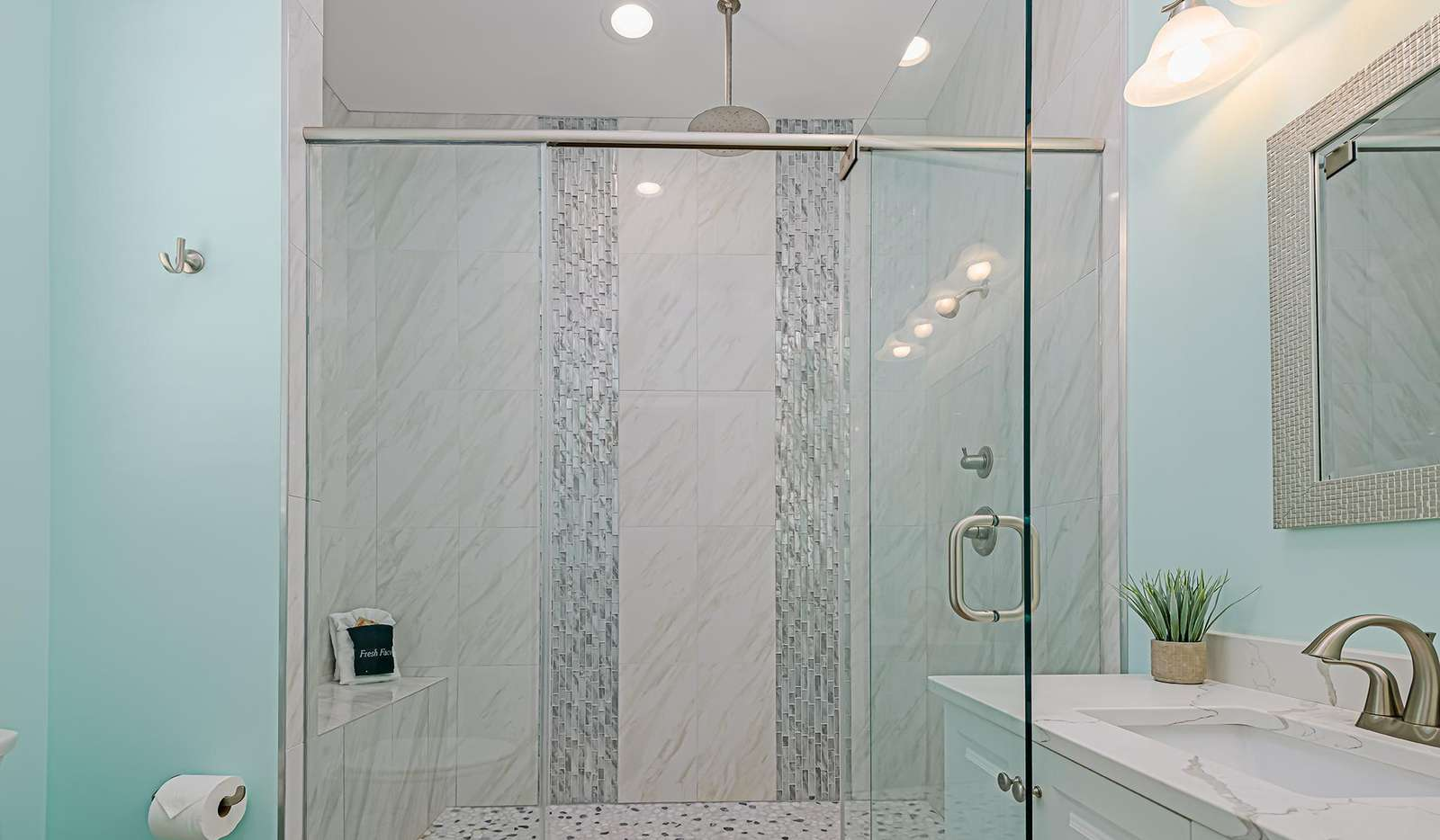 Huge walk-in shower with rainfall effect!