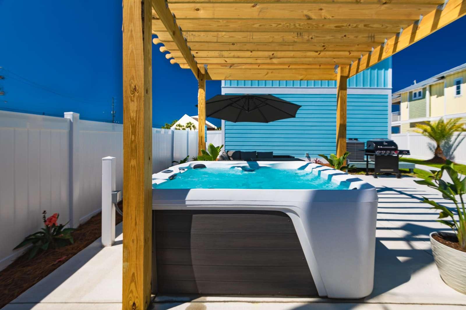 New pergola canopies the 7 person hot-tub!