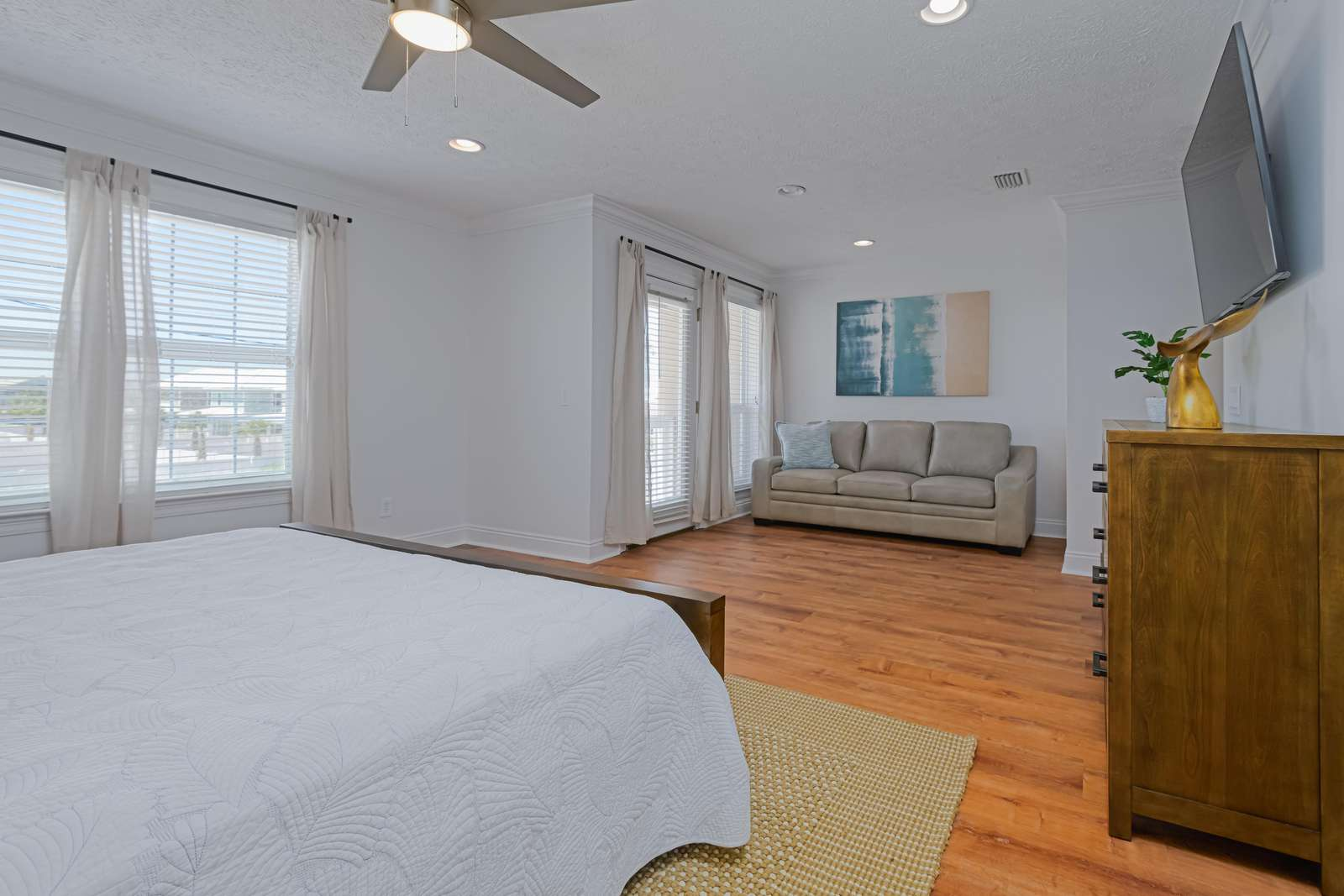 The master bedroom is a great size!