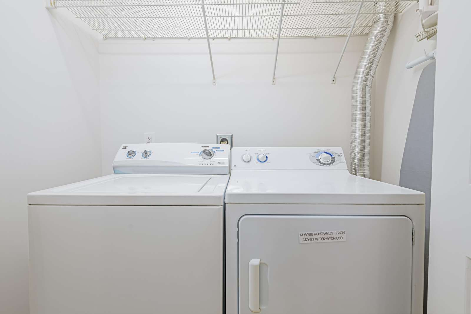 Full size washer/dryer upstairs!