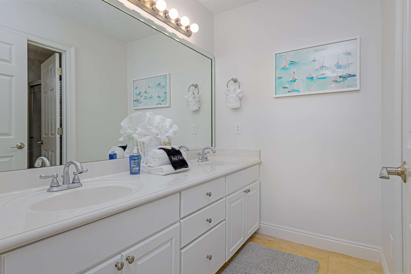 Double vanity with spacious countertops in master bath!