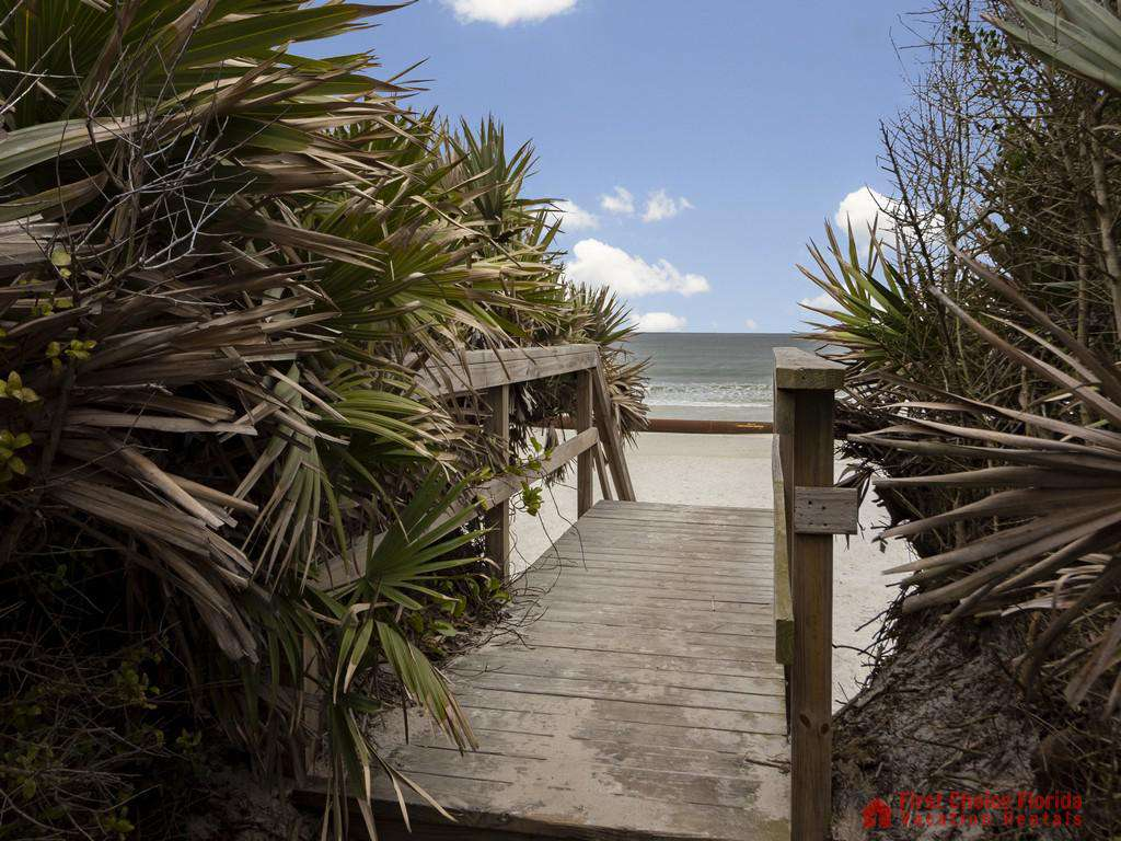 CD Beach House - Beach Access