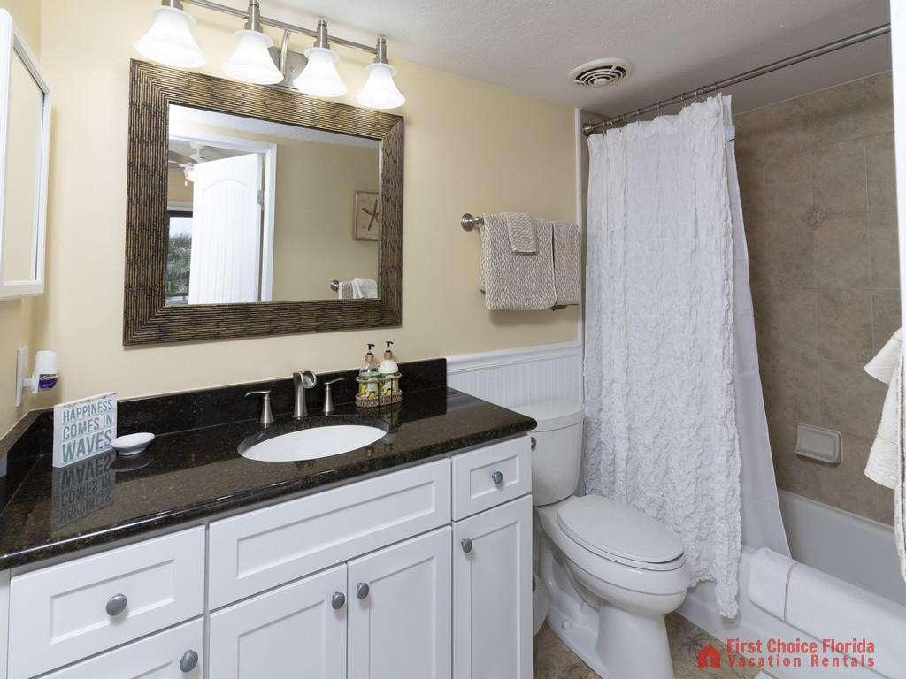 Sea Matanzas 4 - Guest Bathroom