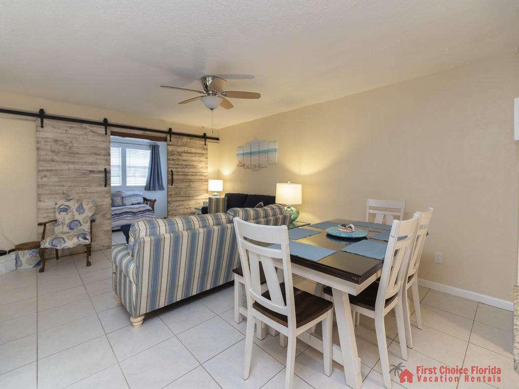 Tarpon Run 35 - Dining Area and Living Room