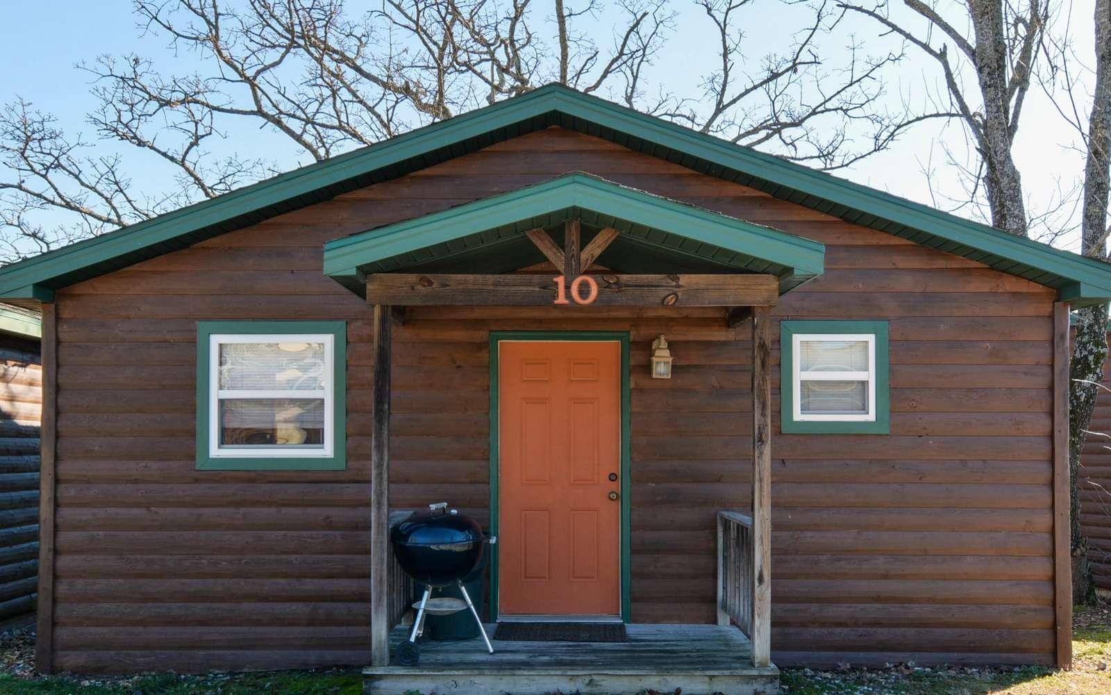 WW – Cozy Cabin 10 - property