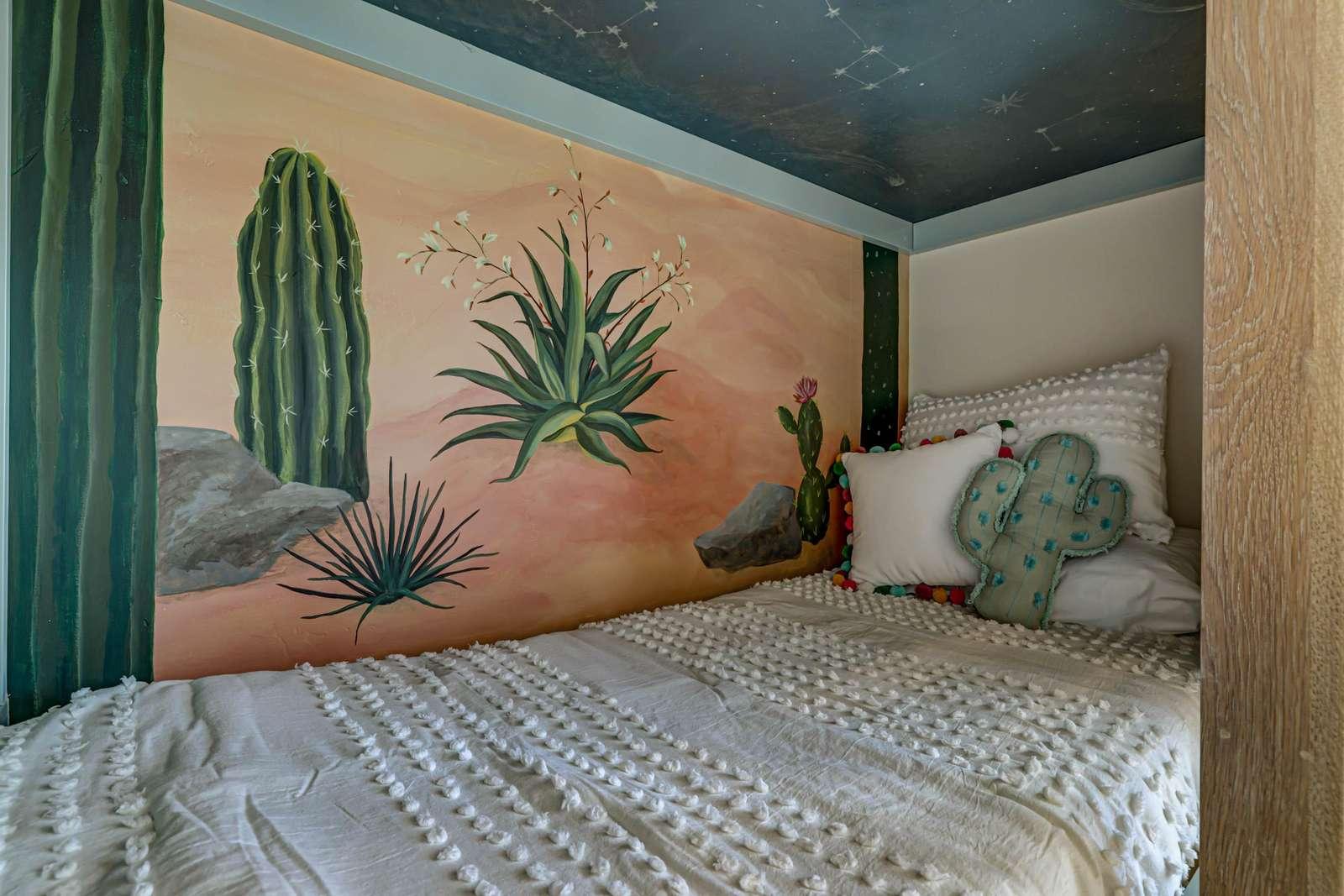 Cactus Queen bedroom