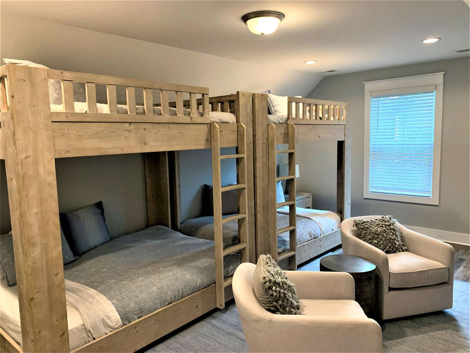 Full Size Bunk Beds can Sleep up to 8