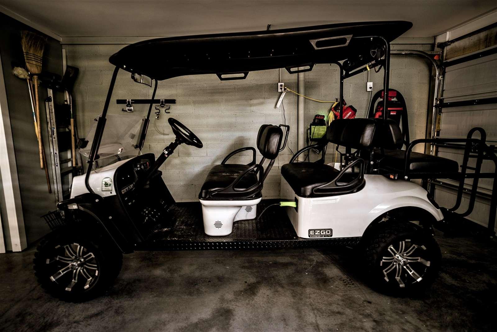 6 Passenger Golf Cart for Rent