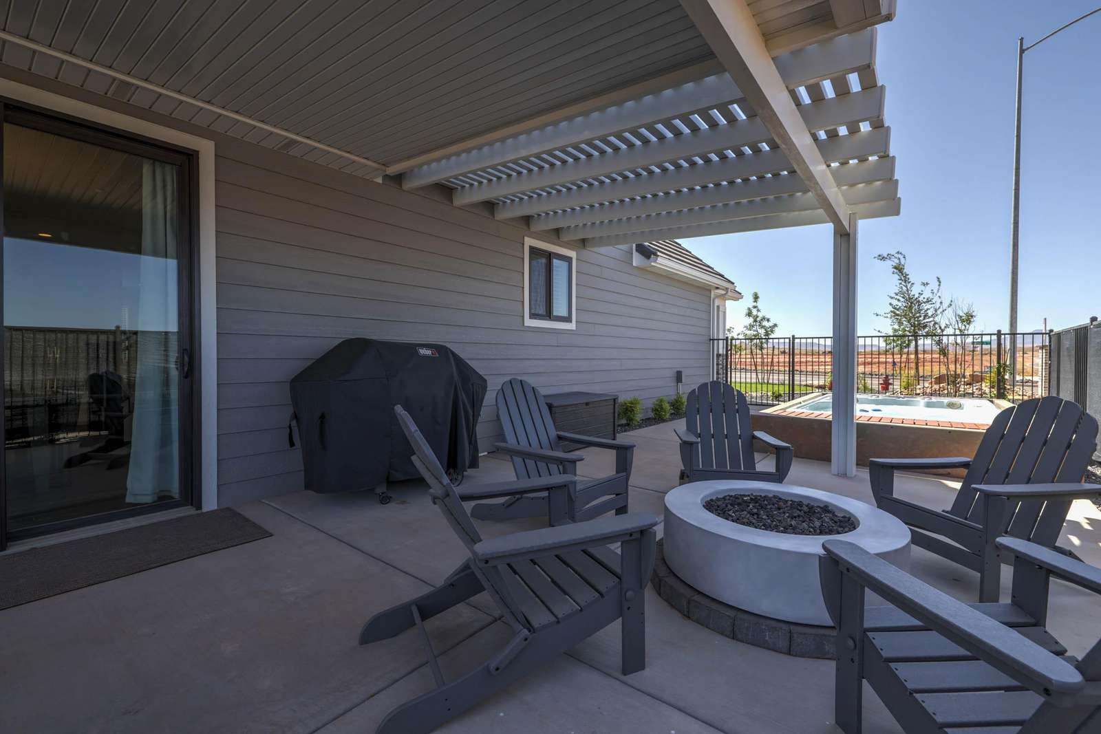 Covered patio with outdoor seating