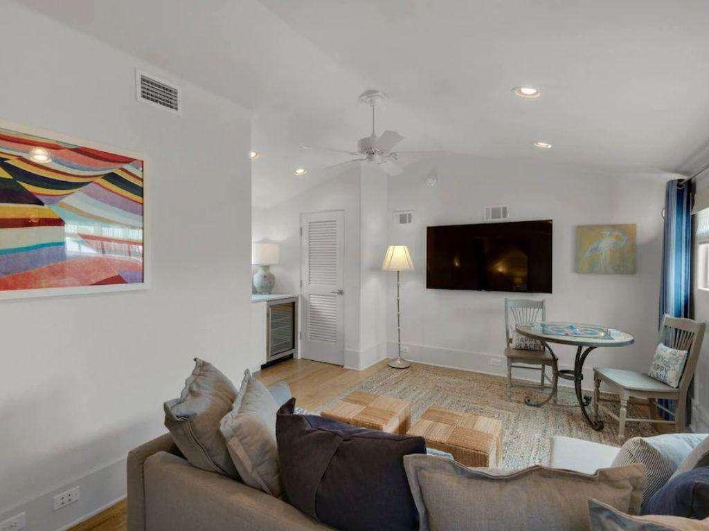 Third Floor Living Space