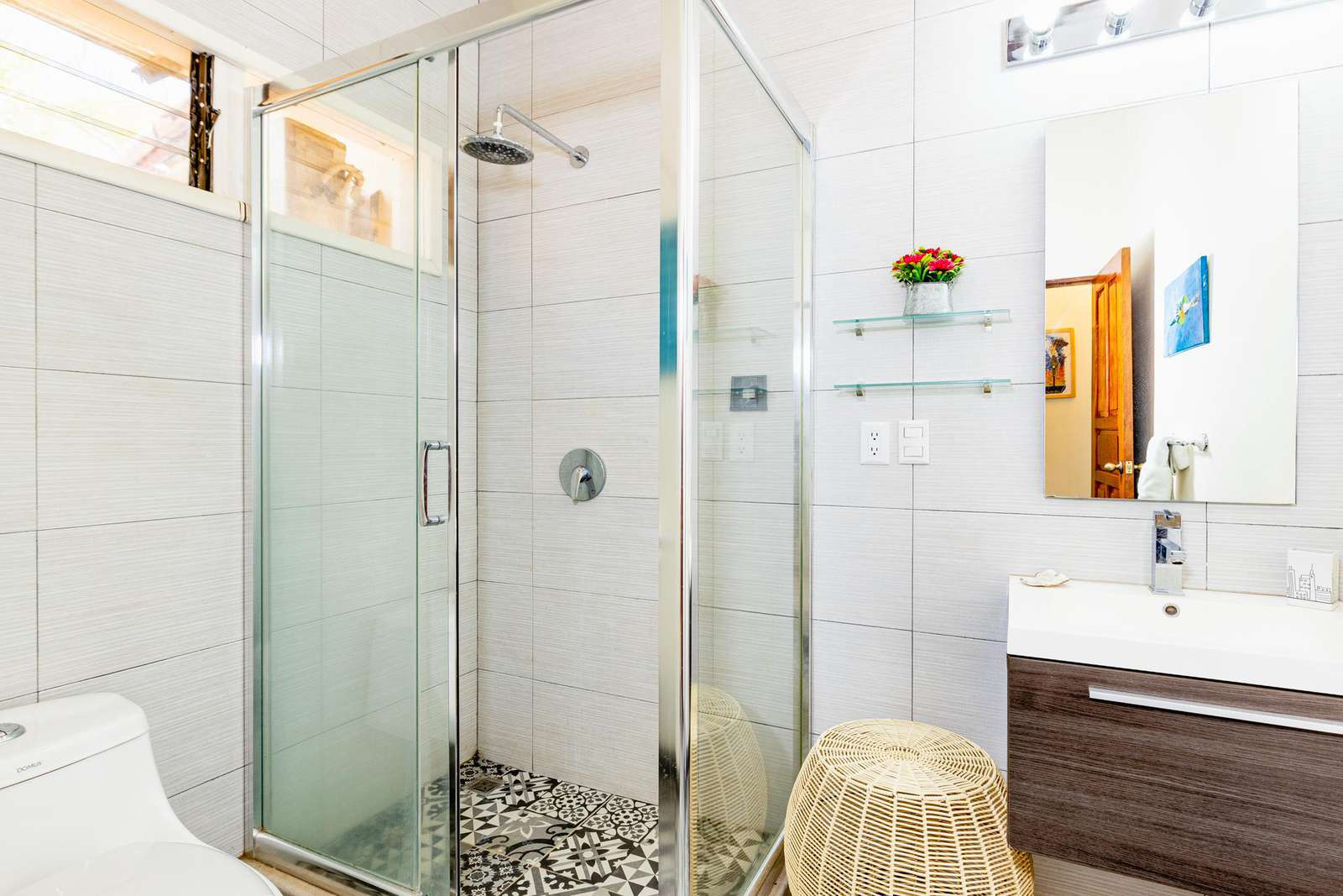 Guest bathroom, walk in shower, 2nd level
