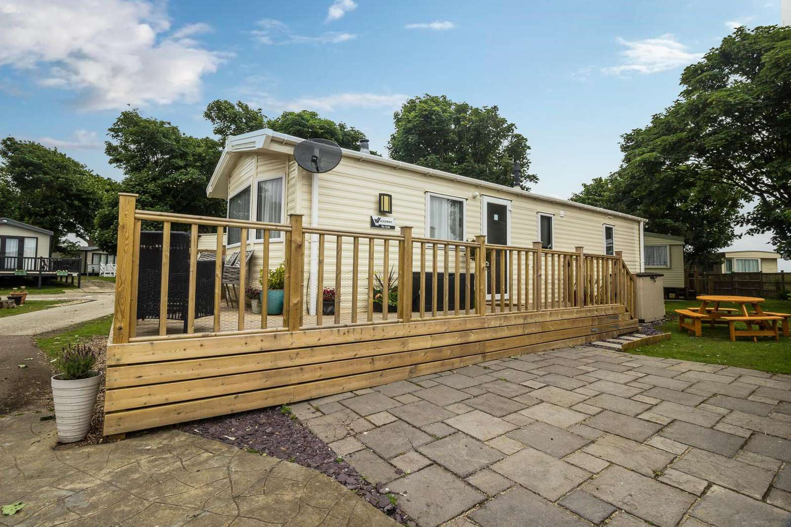 32017AS – Azure Seas, 2 bed, 6 berth caravan with decking and part sea view. Diamond rated. - property