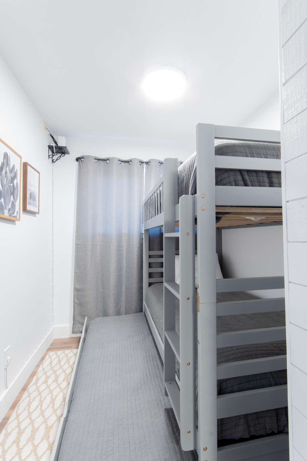 Bedroom 2 - 3 Twin Beds (Trundle)