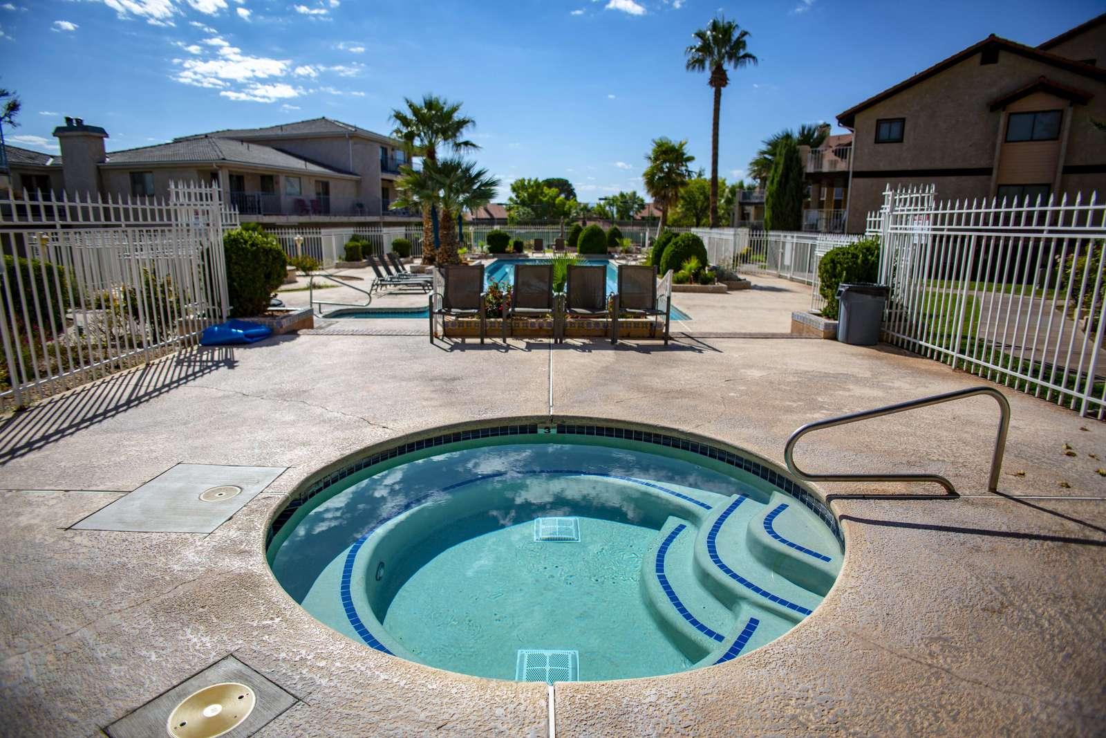 Adult Pool Hot Tub