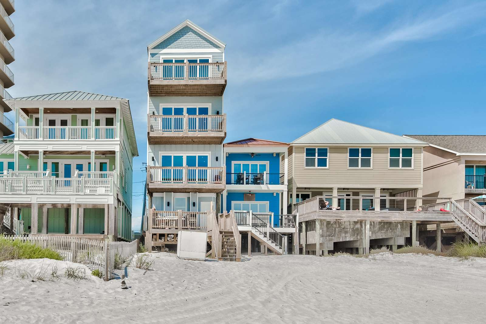 The Sandcastle - 8 Bedroom with Private Hot Tub!  Beachfront!!!