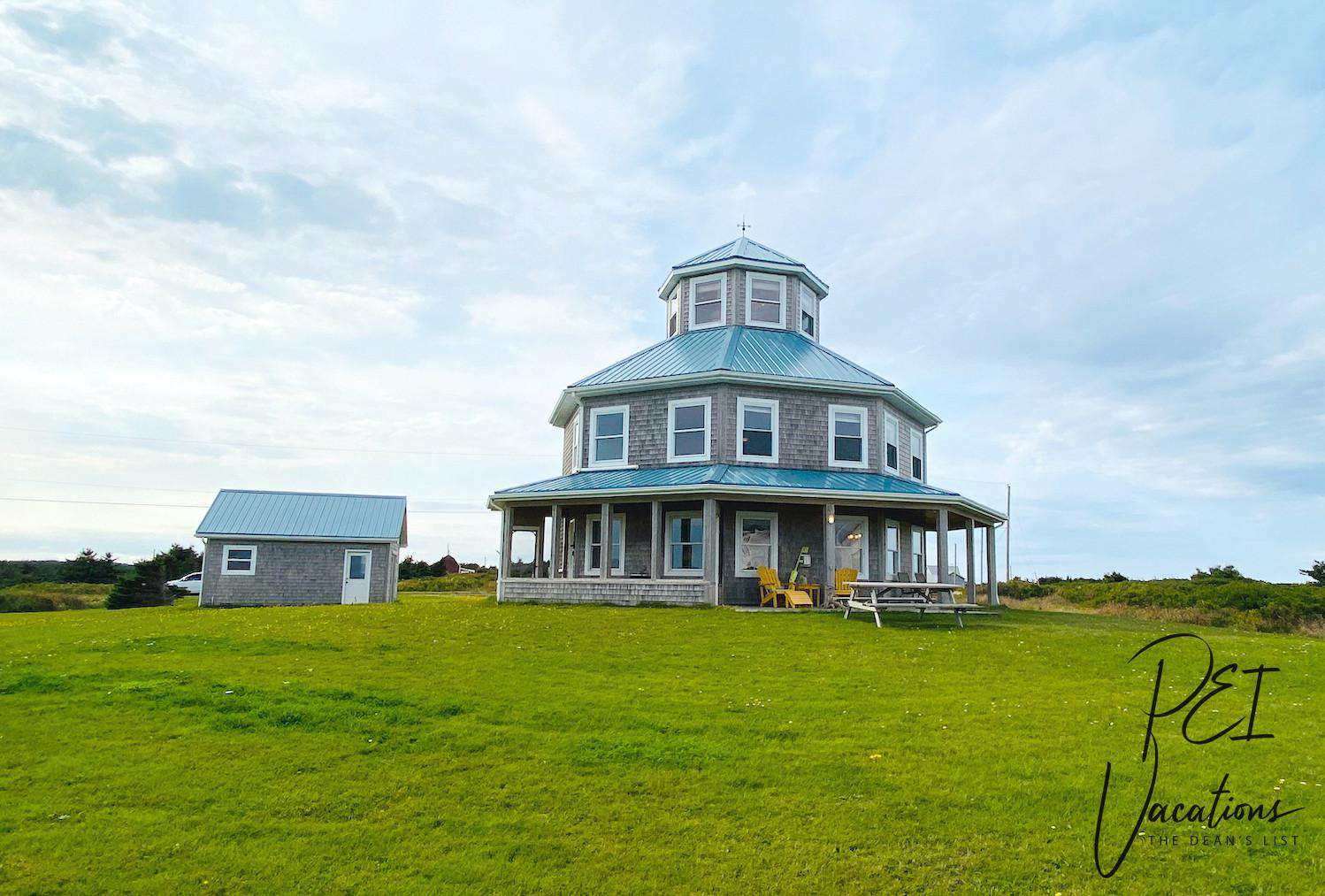 The Lighthouse Cottage at Shipwreck Point - property