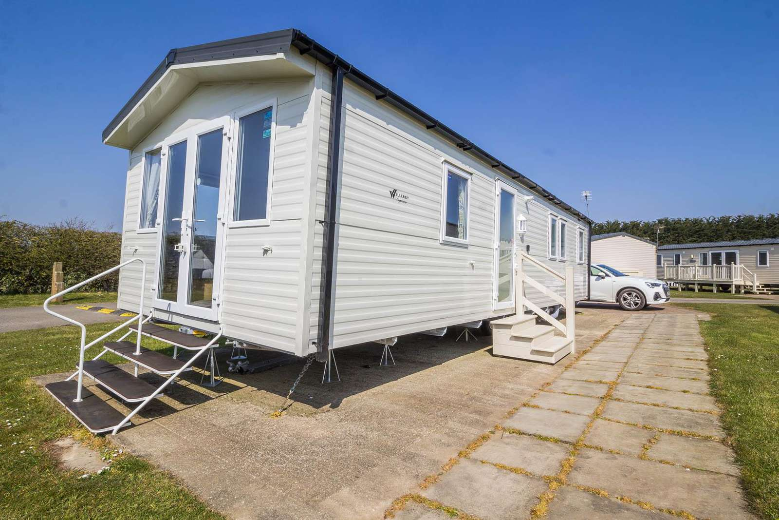 41012F – Farmfield area, 3 bed, 8 berth caravan with free WiFi, D/G & C/H. Diamond rated. - property