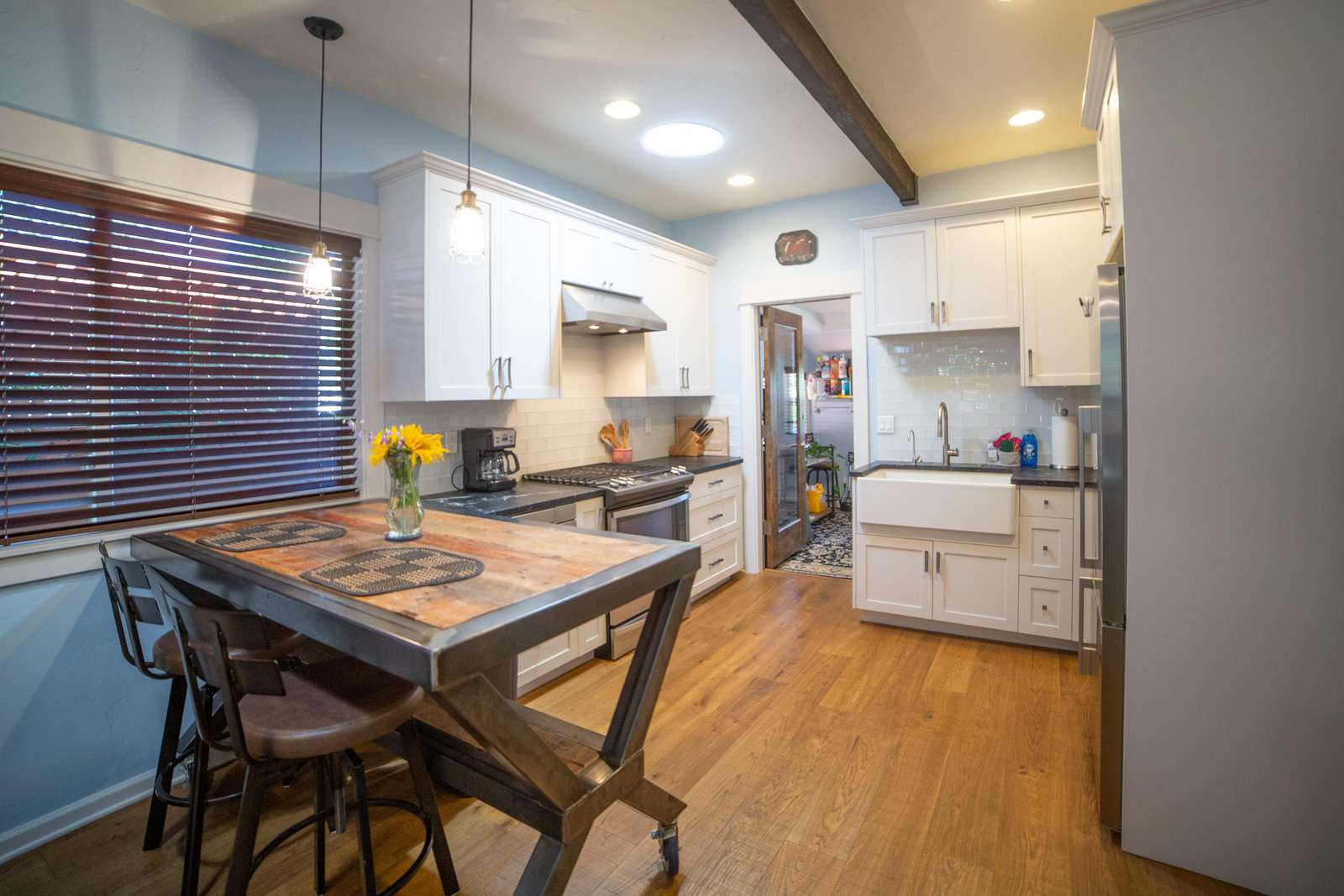 Welcome to the Mill Modern in the heart of the westside! - property