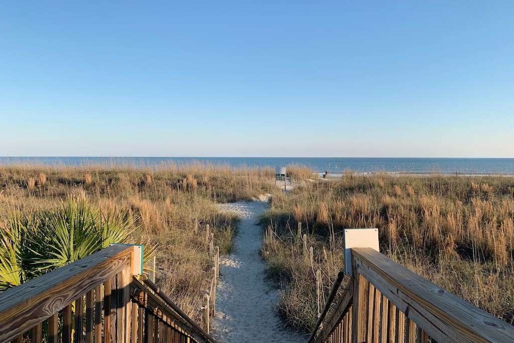 Ocean Front Resort Beach Access - property