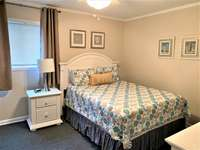 Queen size Bed in Master thumb