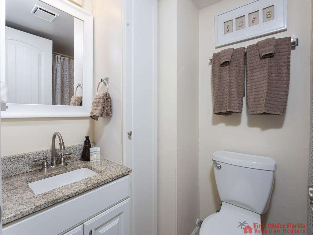 Beachers 232 - Bathroom