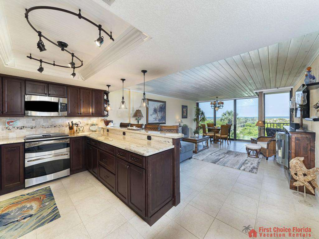Captains Quarters - Kitchen with View of Ocean