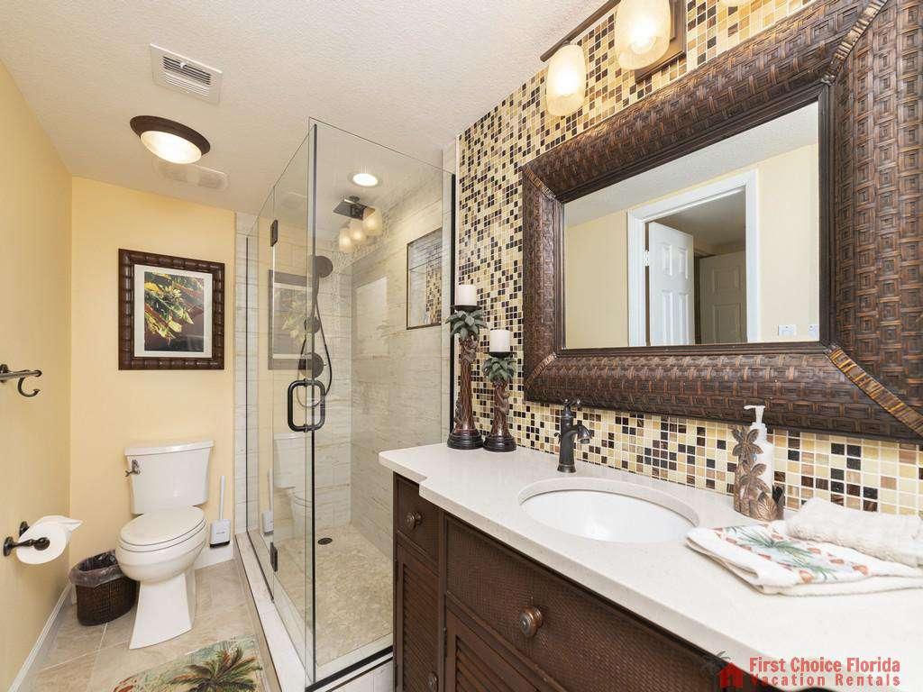 Captains Quarters - Guest Bathroom